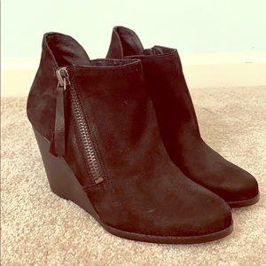Jessica Simpson black leather booties